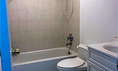 Bathroom, 39-18 108th St 2FL, 2
