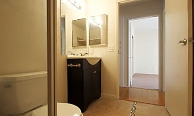 Southwinds Apartments, 2