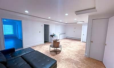Living Room, 25 E Clinton St, 1