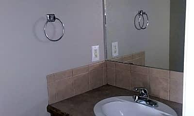 Bathroom, 404 Cheyenne Pl, 2