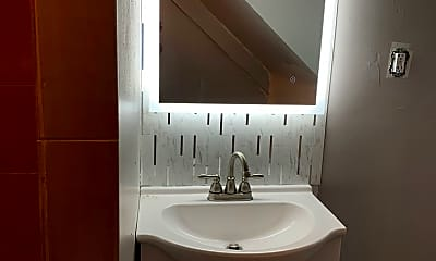 Bathroom, 410 Marlow St, 1