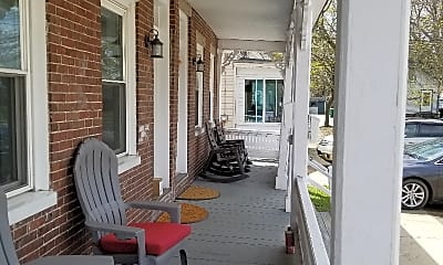 Patio / Deck, 26 Common St, 1
