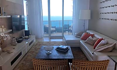 15811 Collins Ave 3906, 1