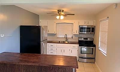 Kitchen, 2407 McKinley St 3, 0