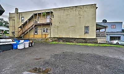 Building, 627 Main St, 2