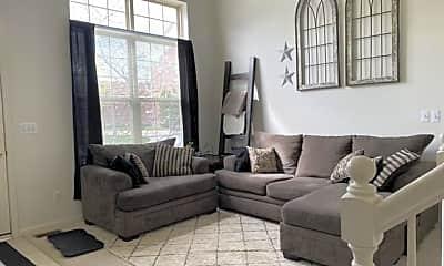 Living Room, 16958 Farmington Rd, 1