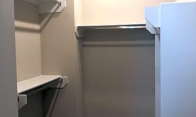 Bathroom, 2401 Crawford St, 1