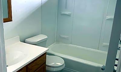 Bathroom, 1201 Lockhurst Rd, 1
