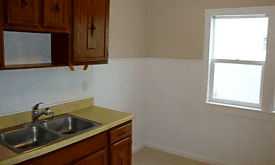 Kitchen, 8005 Vineyard Ave, 1