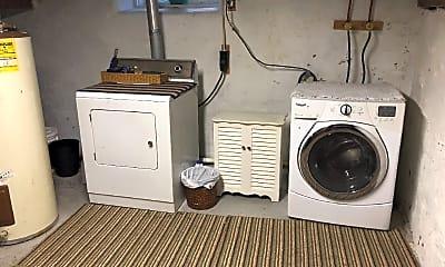 Kitchen, 207 Fond Du Lac St, 2