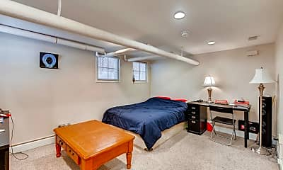 Bedroom, 1122 Emerson St, 1