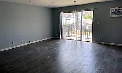 Living Room, 4323 Perlita Ave, 1