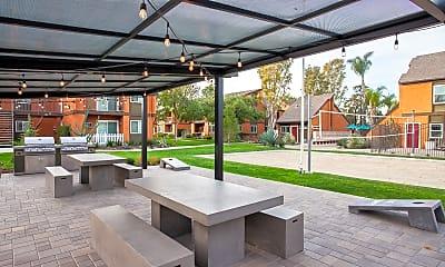 Recreation Area, Highland Pinetree Apartments, 1