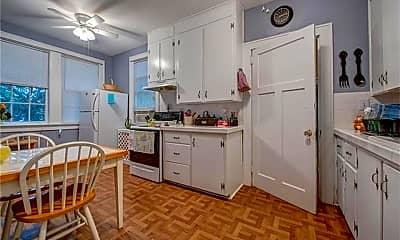 Kitchen, 506 S Lee St, 2