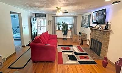 Living Room, 244 Maytide St, 0
