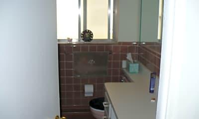 Kitchen, 445 W Breckenridge St, 2