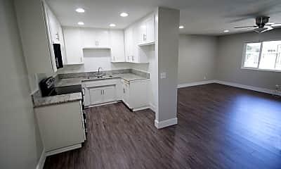 Lakewood Colony Apartments, 1