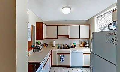 Kitchen, 88 Gordon Street, Unit 304, 1