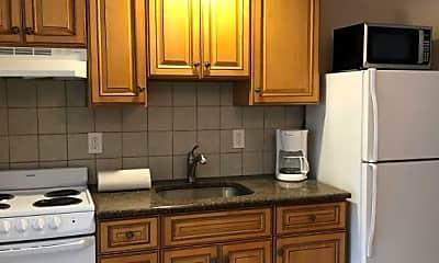 Kitchen, 67 Fielder Ave 4, 2