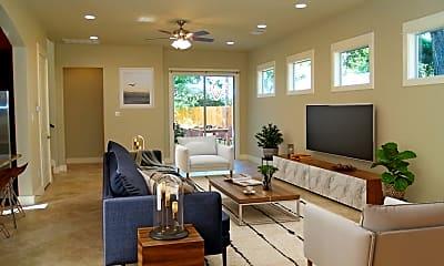 Living Room, 401 Zennia St, 1