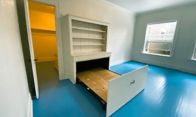 Bedroom, 1410 SW Taylor St, 1