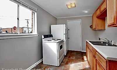 Kitchen, 1003 12th St Dr SW, 2