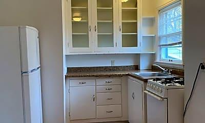 Kitchen, 114 9th St S, 1