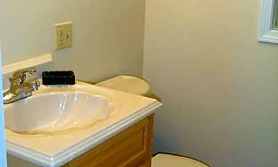 Bathroom, 911 John F. Kennedy Blvd, 2