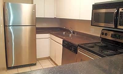 Kitchen, 440 N Wabash Ave # P-404, 1