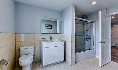 Bathroom, Tioga Luxury Apartments, 2