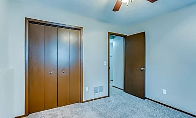 Bedroom, 307 S Seneca St, 2
