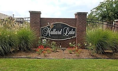 Mallard Lake Apartments, 1