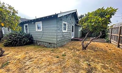 Building, 2616 J St, 2