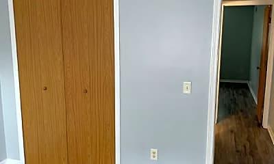Bedroom, 329 E Everettdale Ave, 2