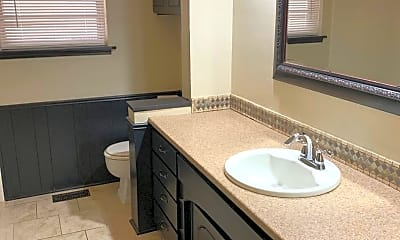 Bathroom, 8517 Arlington Dr, 2