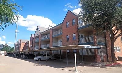 Savoy Condominium, 0