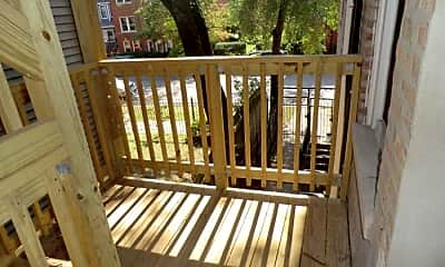Patio / Deck, 6207 N Ravenswood Ave, 2