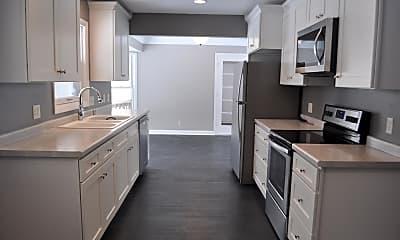 Kitchen, 912 4th St, 1
