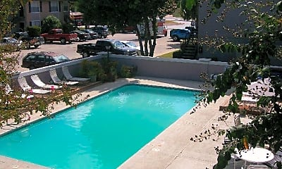 Pool, 1565 N Business Ih 35, 0