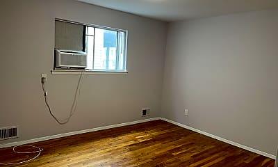 Bedroom, 16 Cottonwood Ct, 1