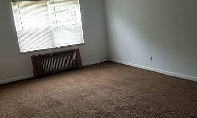 Living Room, 2435 W Bancroft St, 2