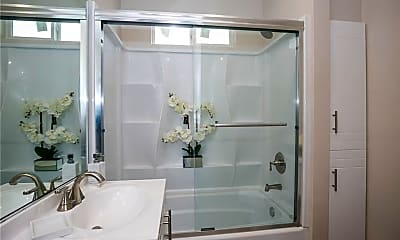 Bathroom, 132 W 74th St, 2
