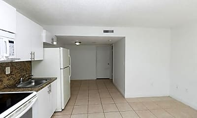 Kitchen, 2401 Van Buren St 6, 1