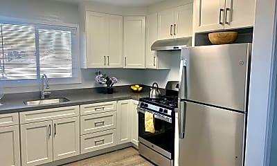 Kitchen, 1533 Julia St, 0