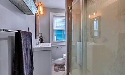 Bathroom, 149 Hamilton Dr, 2