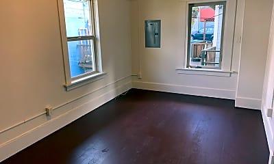 Living Room, 1010 N Garden St, 2