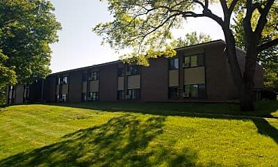 Maple Hills Apartments, 0