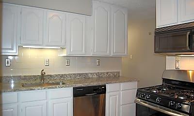 Kitchen, 814 Dickson St, 1