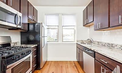 Kitchen, 2722 W Farragut Ave, 2