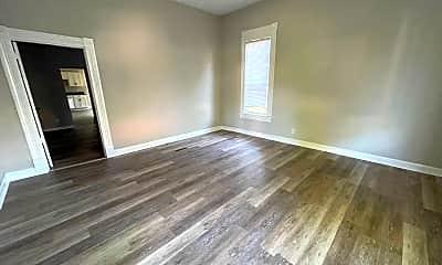 Living Room, 2218 S Park St, 2